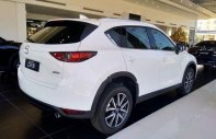 Cần bán xe Mazda CX 5 2.0 AT đời 2018, màu trắng giá tốt giá 899 triệu tại Tp.HCM