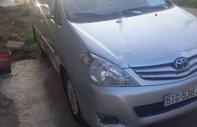 Cần bán xe Toyota Innova G năm 2010, màu bạc giá 370 triệu tại Bình Dương