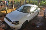 Cần bán gấp Daewoo Lanos năm sản xuất 2002, màu trắng giá 50 triệu tại Gia Lai
