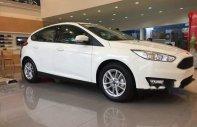 Cần bán Ford Focus đời 2018, màu trắng giá cạnh tranh giá 568 triệu tại Tp.HCM