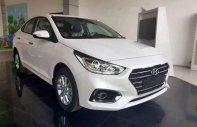Bán ô tô Hyundai Accent 2018, màu trắng, số sàn giá 470 triệu tại Kiên Giang