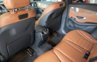 Bán Mercedes GLC 250 4Matic đời 2018, màu đen giá 1 tỷ 938 tr tại Tp.HCM