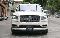 Cần bán Lincoln Navigator L năm sản xuất 2018, màu trắng, xe nhập giá 9 tỷ 200 tr tại Hà Nội