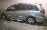 Cần bán xe Toyota Sienna năm sản xuất 2008, màu bạc, nhập khẩu nguyên chiếc giá 745 triệu tại Tp.HCM