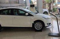 Cần bán Ford Focus đời 2018, màu trắng, giá chỉ 610 triệu giá 610 triệu tại Tp.HCM