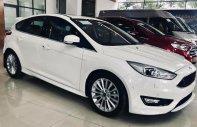 Cần bán xe Ford Focus đời 2018, màu trắng, giá chỉ 580 triệu giá 580 triệu tại Tp.HCM