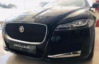 Bán xe Jaguar XF Prestige màu đen, lh 0938302233 xe 2018, giao ngay tặng bảo dưỡng, bảo hành giá 3 tỷ 279 tr tại Đà Nẵng