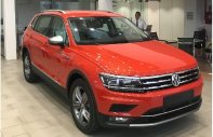 Bán xe 7 chỗ gầm cao sản xuất 2018, đủ màu nhập từ Đức giá 1 tỷ 699 tr tại Tp.HCM