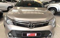 Cần bán Toyota Camry 2.5Q đời 2015, màu nâu vàng, giá yêu thương giá 1 tỷ 140 tr tại Tp.HCM