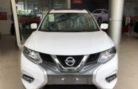 Bán xe Nissan X trail 2.0 AT sản xuất 2018, màu trắng, giá tốt giá 930 triệu tại Hà Nội