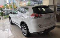 Bán xe Nissan X trail đời 2019, màu trắng giá 1 tỷ 83 tr tại Hà Nội