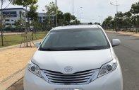 Cần bán xe Toyota Sienna năm sản xuất 2014, màu trắng, nhập khẩu nguyên chiếc giá 795 triệu tại Tp.HCM