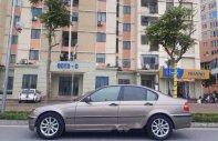 Cần bán BMW 3 Series 318i sản xuất 2004, màu xám, nhập khẩu nguyên chiếc, giá chỉ 235 triệu giá 235 triệu tại Hà Nội
