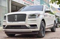 Cần bán xe Lincoln Navigator AT đời 2018, màu trắng, nhập khẩu nguyên chiếc giá 8 tỷ 980 tr tại Hà Nội
