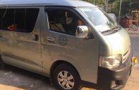 Cần bán xe Toyota Hiace 2011, giá 410tr giá 410 triệu tại Tp.HCM