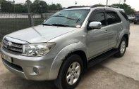 Bán lại xe Toyota Fortuner năm sản xuất 2010, màu bạc chính chủ giá 500 triệu tại Hà Nội