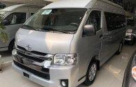 Bán ô tô Toyota Hiace mới 100%, màu bạc, nhập khẩu giá 850 triệu tại Tp.HCM