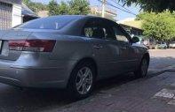 Bán Hyundai Sonata sản xuất năm 2009, màu bạc giá 390 triệu tại Kon Tum