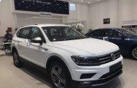 Cần bán Volkswagen Tiguan đời 2018, màu trắng, nhập khẩu nguyên chiếc giá 1 tỷ 729 tr tại Tp.HCM