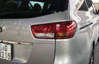 Cần bán gấp Kia Sedona đời 2017, màu bạc, xe đẹp  giá 1 tỷ 100 tr tại Tp.HCM