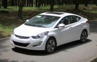 Cần bán xe Hyundai Elantra sản xuất 2018, màu trắng giá 570 triệu tại Đà Nẵng