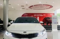 Cần bán Kia Optima đời 2019, màu trắng, giá 789tr giá 789 triệu tại Tp.HCM