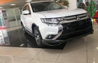 Cần bán Mitsubishi Outlander 2.0 CVT Premium năm sản xuất 2019, màu trắng giá 909 triệu tại Tp.HCM