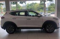 Bán Hyundai Tucson 2.0 ATH 2019, màu trắng giá 878 triệu tại Hà Nội