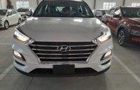 Bán xe Hyundai Tucson đời 2019, màu trắng, giá tốt giá 799 triệu tại Bình Dương