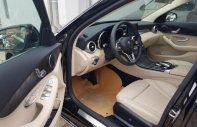 Cần bán xe Mercedes C200 sản xuất năm 2019, màu đen giá 1 tỷ 499 tr tại Tp.HCM