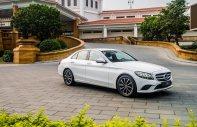 Bán xe Mercedes C200 2019, màu trắng, tặng 100% phí trước bạ tháng 12/2019, đủ màu giá 1 tỷ 499 tr tại Tp.HCM