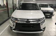Bán xe Mitsubishi Outlander đời 2019, màu trắng giá 808 triệu tại Lào Cai
