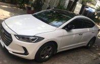 Cần bán lại xe Hyundai Elantra năm sản xuất 2017, màu trắng số sàn, giá 500tr giá 500 triệu tại Quảng Nam