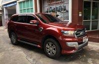 Bán Ford Everest đời 2019 - Đủ màu - Giao ngay - giá chỉ 900Tr - Tặng lót phim sàn - Hỗ trợ trả góp 80% giá trị xe giá 900 triệu tại Nghệ An