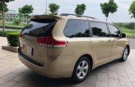 Bán Toyota Sienna 3.5AT năm 2010, màu bạc, nhập khẩu số tự động giá 1 tỷ 385 tr tại Tp.HCM