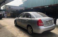 Cần bán gấp Hyundai Verna 2010, màu bạc, xe nhập xe gia đình giá 310 triệu tại Hà Nội