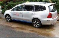 Cần bán gấp Nissan Grand Livina 2012, xe nhập, xe đang kinh doanh dịch vụ taxi giá 245 triệu tại Gia Lai