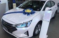 Bán ô tô Hyundai Elantra 1.6 AT đời 2019, màu trắng, giá tốt giá 665 triệu tại Khánh Hòa