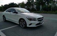 Cần bán gấp Mercedes 200 Facelift sản xuất năm 2017, màu trắng, xe còn như mới, đăng ký đầu 2018 giá 1 tỷ 310 tr tại Hà Nội