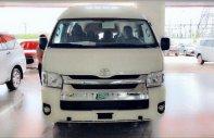 Bán xe Toyota Hiace nhập khẩu màu trắng, màu bạc giao xe ngay khuyến mãi hấp dẫn giá 949 triệu tại Tp.HCM