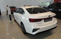 Kia Cerato 1.6 AT 2019, trắng tương tư giá 635 triệu tại Hà Nội