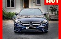 Bán xe Mercedes E300 xanh/nâu 2017 cũ chính hãng lướt, trả trước 750 triệu nhận xe ngay giá 2 tỷ 420 tr tại Tp.HCM