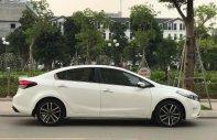 Cần bán xe Kia Cerato 2017 số tự động màu trắng giá 566 triệu tại Tp.HCM