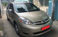 Cần bán xe Toyota Sienna LE năm 2008, màu vàng, nhập khẩu nguyên chiếc, 545 triệu giá 545 triệu tại Tp.HCM