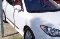 Bán ô tô Hyundai Avante MT năm sản xuất 2013, màu trắng, xe đẹp giá 285 triệu tại Cần Thơ