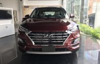 Bán Hyundai Tucson 2019 Facelift 2.0 AT tiêu chuẩn, màu trắng - đỏ, giao ngay, tặng gói phụ kiện chính hãng 30 triệu giá 789 triệu tại Tp.HCM