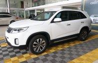 Bán Kia Sorento GAT 2.4AT năm sản xuất 2016, màu trắng giá 688 triệu tại Tp.HCM
