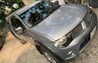 Chính chủ bán Mitsubishi Triton đời 2011, màu bạc, nhập khẩu giá 325 triệu tại Hà Nội