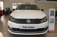 Bán Volkswagen Polo đời 2017, màu trắng, nhập khẩu   giá 699 triệu tại Tp.HCM