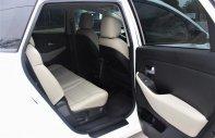 Bán ô tô Kia Rondo MT 2019 - Chỉ cần trả trước 162tr lấy xe với hỗ trợ cho vay 85% giá 585 triệu tại Tp.HCM